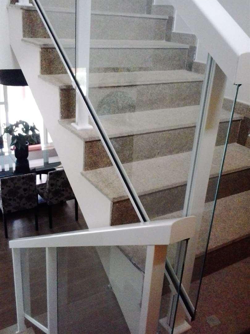 Corrimão panorâmico em vidro